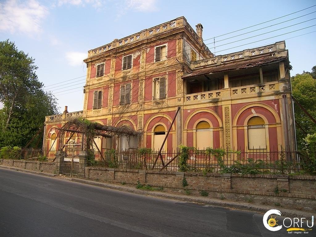 Corfu Advisor | Korfu | Sightseeing | Das Herrenhaus Villa Rossa
