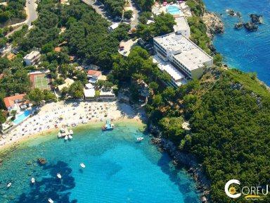 Пляж Агиа Триада (Палеокастрица)