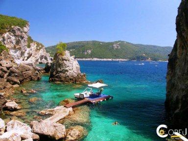 Korfu Palaiokastritsa - Paleokastritsa Strand von La Grotta